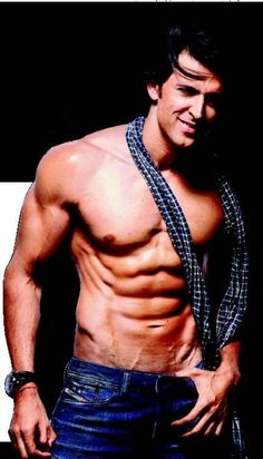 Hrithik-Roshan Yes they're real! Bollywood Stars, Lean Body Men, Frank Zane, Perfect Abs, Star Wars, Gym Routine, Shirtless Men, Bodybuilding Workouts, Hrithik Roshan
