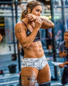 NOTICE STEADY GAINS IN YOUR CROSSFIT. the crossfitcelia gabbiani muscle woman bill shaw fitness and body building