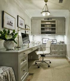 Home Office - Design photos, ideas and inspiration. Amazing gallery of interior design and decorating ideas of Home Office in closets, living rooms, dens/libraries/offices by elite interior designers. Corner Office, Office Nook, Home Office Space, Home Office Decor, Office Furniture, Tiny Office, Office Spaces, Front Office, White Office