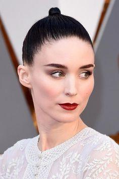 Oscars 2016 Celebrity Hairstyles & Makeup: Rooney Mara  #hair #hairstyles
