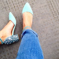 Dress up your denim with bright blue heels Pretty Shoes, Beautiful Shoes, Cute Shoes, Me Too Shoes, Blue Heels, High Heels, Blue Flats, Kinds Of Shoes, Crazy Shoes