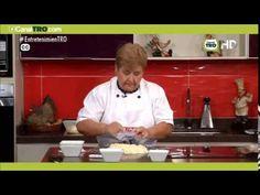 Receta del Día: Pan de yuca - YouTube Colombian Food, Tostadas, Waffles, Breakfast Recipes, Muffins, Food And Drink, Youtube, Easy Food Recipes, Beverage