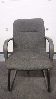Dark Grey Tweed Fabric Seat Back Conference Chair Black Frame & Cantilever Legs