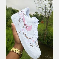 cute shoes nike Behind The Scenes By bramptoncustoms Custom Painted Shoes, Custom Shoes, Custom Af1, Shopping Outfits, Sneakers Fashion, Fashion Shoes, Fashion Outfits, Fashion Fashion, Runway Fashion