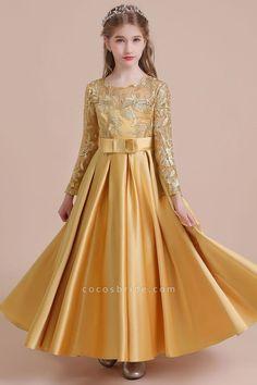Girls Dresses Online, Gowns For Girls, Frocks For Girls, Dresses Kids Girl, Little Girl Gowns, Cute Little Girl Dresses, Dress Online, Girls Frock Design, Kids Frocks Design