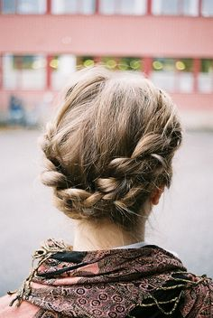 the reverse milkmaid braid