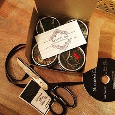 Etsy の Akron House Loose Leaf Tea Sampler by TheAkronHouseTeaCo