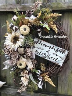 Diy Fall Wreath, Autumn Wreaths, Holiday Wreaths, Wreath Ideas, Mesh Wreaths, Spring Wreaths, Holiday Decor, Farmhouse Fall Wreath, Fall Halloween