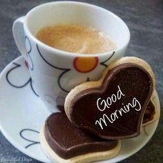 coffee and chocolate heart cookies. Sweet Coffee, I Love Coffee, My Coffee, Good Morning Coffee, Coffee Break, Mini Desserts, Gif Café, Café Chocolate, Coffee World