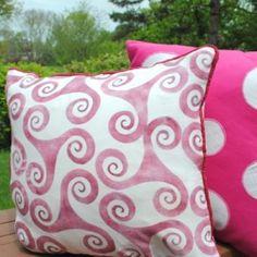 Ideas to sew custom throw pillows.