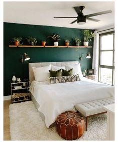Green Bedroom Walls, Room Ideas Bedroom, Bedroom Designs, Home Bedroom, Green Master Bedroom, Ikea Bedroom, Green And White Bedroom, Dark Green Walls, Accent Wall Bedroom
