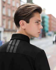 Men With Cool Medium Layered Hairstyle
