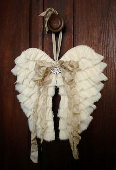 Sewing Tutorials PDF Fabric Angel Wings NO SEW Tutorial no shipping cost - Sewing Tutorials, Sewing Projects, Craft Projects, Christmas Crafts, Christmas Decorations, Christmas Ornaments, Christmas Candy, Shabby Vintage, Shabby Chic