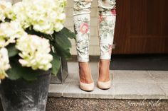 flowers printed pants nude pumps