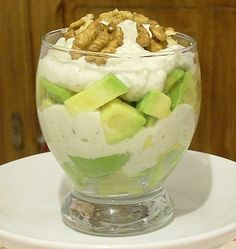 Recipe of Avocado Verrine with Roquefort and Walnuts - amuse bouche verrine - Raw Food Recipes Walnut Recipes, Raw Food Recipes, Brunch Recipes, Avocado, Tomate Mozzarella, Seafood Appetizers, Instant Pot Dinner Recipes, Partys, Blue Cheese
