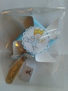 Bomboniere fai da te Baby Prince, Envelope Punch Board, Baby Party, Pinwheels, Communion, Christening, Baby Room, Baby Shower, Baby Ideas