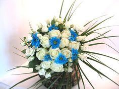 Bukiet ślubny, bukiety, wiązanki weselne Hanukkah, Floral Wreath, Wreaths, Home Decor, Homemade Home Decor, Flower Crown, Deco Mesh Wreaths, Interior Design, Garlands
