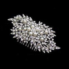 Bridal Jewelry, Gold Jewelry, Vintage Jewelry, Jewellery, Ivory Pearl, Hair Vine, Floral Hair, Vintage Hairstyles, Hair Comb