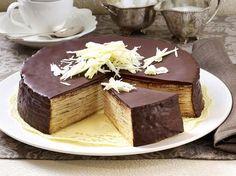 Baking cake pie – this is how it's done – baumkuchen tart recipe – Backen – Kuchen Rezepte und Desserts No Bake Treats, No Bake Desserts, Easy Desserts, Healthy Cookie Recipes, Baking Recipes, German Baking, Tree Cakes, Moist Cakes, Food Cakes