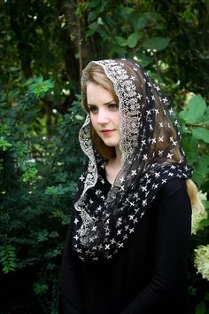 Items similar to Evintage Veils~ Holy Cross Gold Embroidered Traditional Black Vintage Inspired Infinity Shape Mantilla Chapel Veil on Etsy Beautiful Muslim Women, Beautiful Girl Image, Beautiful Hijab, Catholic Veil, Chapel Veil, Muslim Beauty, Innocent Girl, Lace Veils, Holy Cross