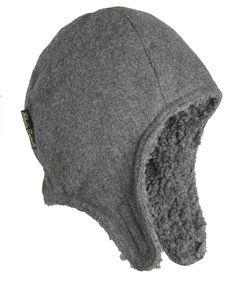 la gorra gris