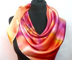 Ohnivý květ. Luxusní hedvábný šátek hedvábí šátek pestrobarevný vínový malba na hedvábí hedvábný šátek dárek pro ženu luxusní šátek Accessories, Fashion, Moda, Fashion Styles, Fashion Illustrations, Jewelry Accessories