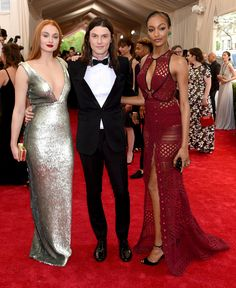 Sophie Turner in Burberry, James Bay, and Jourdan Dunn in Burberry