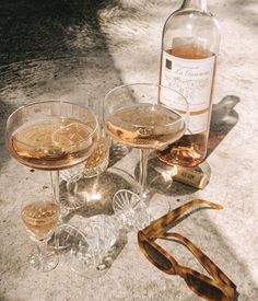 Time for drinks Cream Aesthetic, Gold Aesthetic, Classy Aesthetic, Summer Aesthetic, Aesthetic Vintage, Alcohol Aesthetic, Aesthetic Style, Kombucha, One Day Bridal