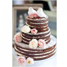 Naked Cakes, Piñata Cakes, Plus 12 More Original Wedding Cake Designs. Love the naked cake look Bolos Naked Cake, Naked Cakes, Alternative Wedding Cakes, Wedding Cake Alternatives, Wedding Cake Ideas Without Fondant, Pretty Cakes, Beautiful Cakes, Amazing Cakes, Simply Beautiful