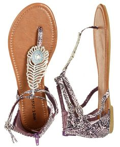 <3 these! saw them in Wet Seal last night and SO going back for them!