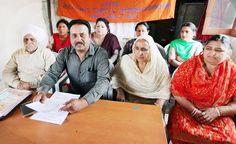 BMS leaders addressing press conference at Jammu.       -Excelsior/ Rakesh