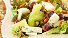 K-ruoasta löydät yli 7000 testattua Pirkka reseptiä sekä ajankohtaisia ja asiantuntevia vinkkejä arjen ruoanlaittoon, juhlien järjestämiseen ja sesongin ruokaherkkujen valmistukseen. Tutustu myös Pirkka- ja K-Menu-tuotteisiin. Mitä tänään syötäisiin? -ohjelman jaksot Pirkka resepteineen löydät K-Ruoka.fistä. Cobb Salad, Potato Salad, Food And Drink, Dairy, Potatoes, Favorite Recipes, Cheese, Fresh, Canning