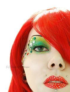 DIY Halloween Makeup : red n green glitter machine