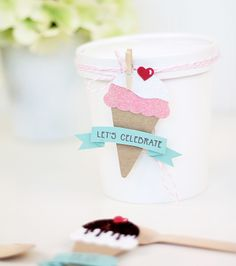 These 15 DIY ice cream-themed party ideas will make you wish every day was National Ice Cream Day. Ice Cream Cart, Ice Cream Theme, Diy Ice Cream, Ice Cream Parlor, Best Ice Cream, Gender Reveal Decorations, Ice Cream Social, Love Craft, Diy Paper