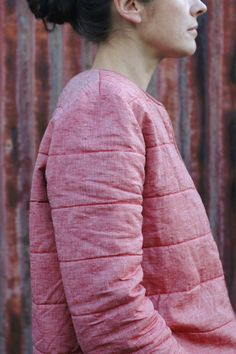 A red waxed linen quilted Bernadette jacket, from French pattern brand Republique du Chiffon How To Make Clothes, Diy Clothes, Making Clothes, Coat Patterns, Dress Patterns, Sewing Patterns, Sewing Blouses, Blanket Coat, Linen Jackets