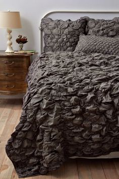 catalina bed linen, amazing texture, love the color