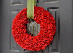 Little Birdie Secrets: burlap circle wreath & paper covered stick star {tutorial}