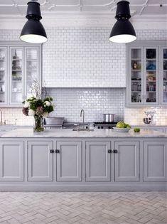 grått+grå+luckor+kök.jpg 447 × 598 pixlar