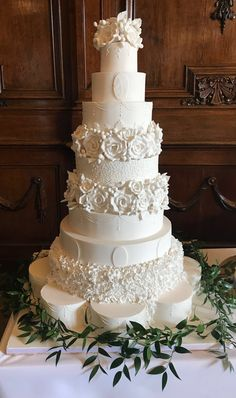 Wedding Cakes Pictures 2019