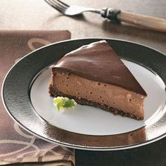 chocolate cheesecake. making this for mike's return home :)