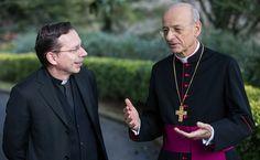 Fotos del nuevo prelado del Opus Dei  Imágenes recientes de Mons. Fernando Ocáriz, nombrado prelado del Opus Dei por el Papa Francisco.