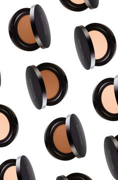 The best powder foundations for all skin tones. @lauramercierusa Smooth Finish Foundation Powder, £34