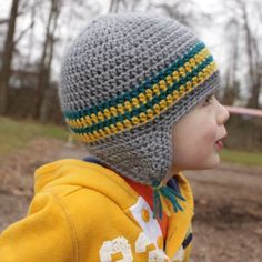 The versatile earflap hat pattern - this pattern gives details for various sizes: 0-3 mo, 3-6 mo, 6-12 mo, toddler, child, teen/adult. The sizes I'm unsure of past infant :D
