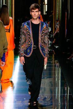 Olivier Rousteing unveiled his Spring/Summer 2017 collection for Balmain, during Paris Fashion Week. Jon Kortajarena