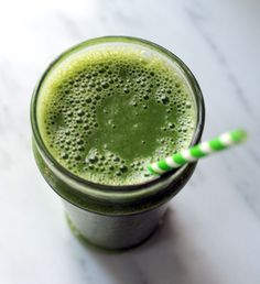SUPER Foods Vitamix Green Smoothie with kale, mango, banana, orange, flax seed, coconut water and almond milk. So healthy! via Food & Drink