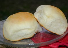 Potato Flake Starter Recipe here: homecooking. Sourdough Recipes, Sourdough Bread, Bread Recipes, Cooking Recipes, Starter Recipes, Budget Recipes, My Favorite Food, Favorite Recipes, Bread Rolls