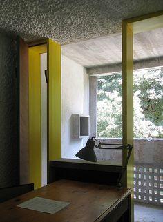 La tourette study cell Sainte Marie de La Tourette, Éveux-sur-Arbresle, France. [Architect: Le Corbusier and Iannis Xenakis]