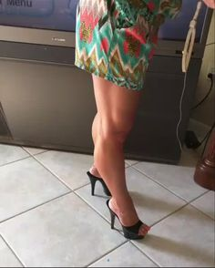 Black mules and great legs Great Legs, Nice Legs, Beautiful Legs, Sexy Legs And Heels, Hot High Heels, Only Shoes, Women Legs, Nylons, Stiletto Heels