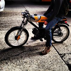 Sweet little motorcycle
