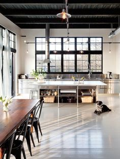 Came across some more photos of a beautiful industrial style loft in Portland … which I'd posted.Came across some more photos of a beautiful industrial style loft in Portland … which I'd posted. Industrial Kitchen Design, Industrial House, Industrial Interiors, Interior Design Kitchen, Modern Interior Design, Interior Architecture, Industrial Apartment, Industrial Chic, Industrial Furniture